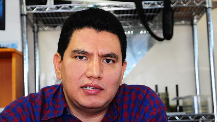 Gabriel Díaz Arredondo, secretario de FECANACO, manifestó que reduciendo nóminas de funcionarios no habría necesidad de recortar el presupuesto nacional.