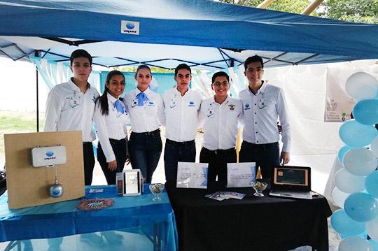 Proyectos-Emprendedores-presentan-alumnos-de-la-UA-Prepa-Guamúchil,-URCN-UAS.12.12-(14)